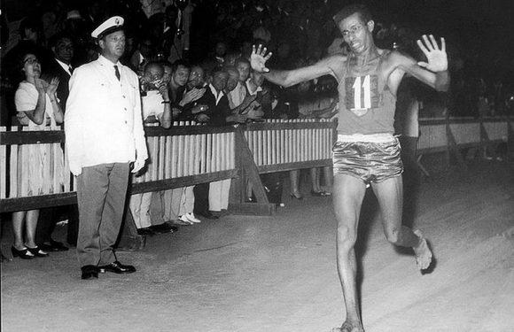 Abebe Bikila – Roma 1960: Il maratoneta scalzo ma con le ali ai piedi