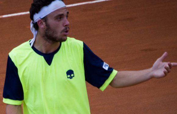 Roland Garros – Strepitoso Marco Cecchinato: battuto Djokovic!