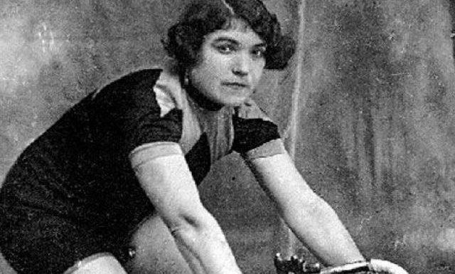 Alfonsina Strada – La Regina della Pedivella che sfidò Girardengo
