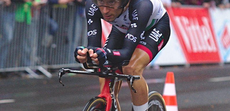 Diego Ulissi trionfa nella 2a tappa del Giro d'Italia 2020